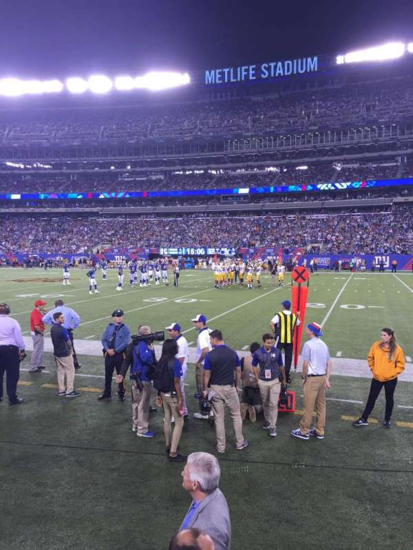 MetLife Stadium, section: 111A, row: 1, seat: 6