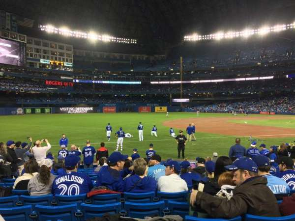 Rogers Centre, section: 130R, row: 14, seat: 5