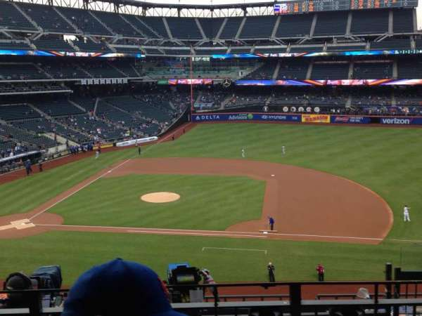 Citi Field, section: 311, row: 6, seat: 6