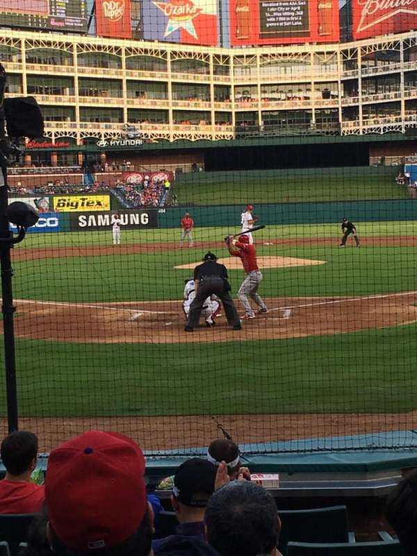 Globe Life Park in Arlington, section: 25, row: 5, seat: 14