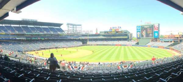 Turner Field, section: 219, row: 11, seat: 8