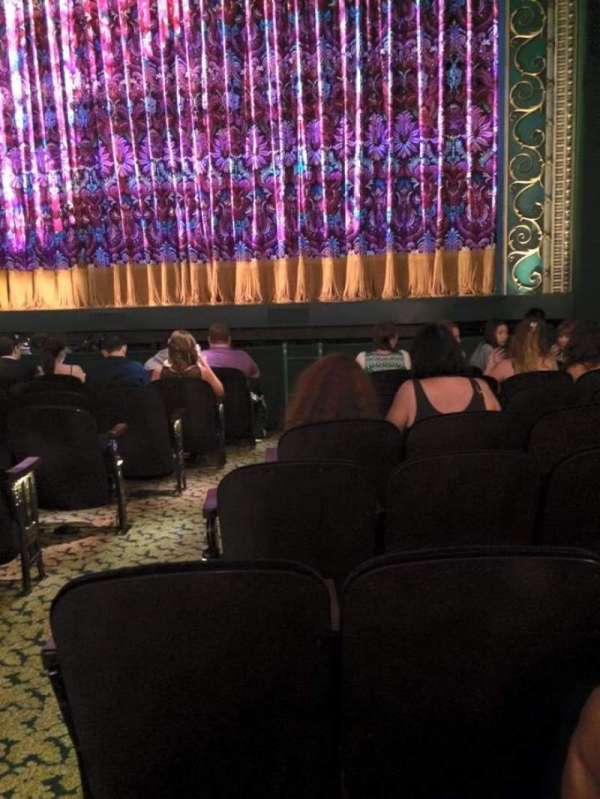 Lunt-Fontanne Theatre, section: Orchestra R, row: J, seat: 4