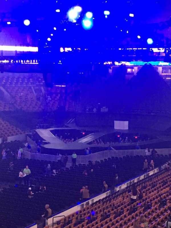 TD Garden, section: Club 115, row: F, seat: 7