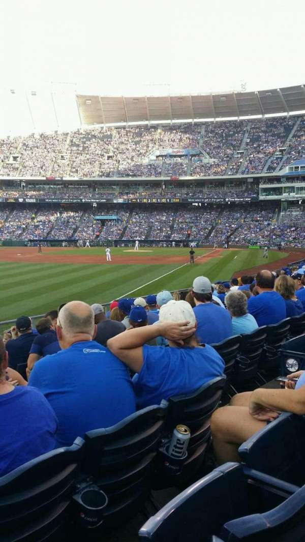 Kauffman Stadium, section: 109, row: P, seat: 10