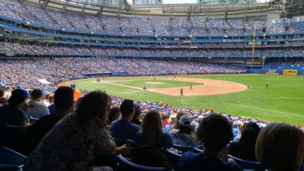 Rogers Centre, section: 114R, row: 19, seat: 105