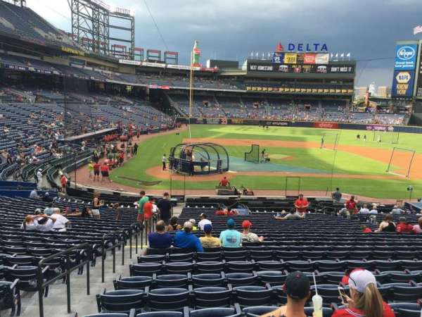 Turner Field, section: 105R, row: 28, seat: 1