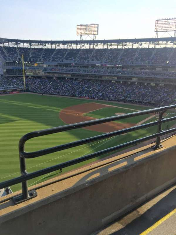 Guaranteed Rate Field, section: 552, row: 2, seat: 2