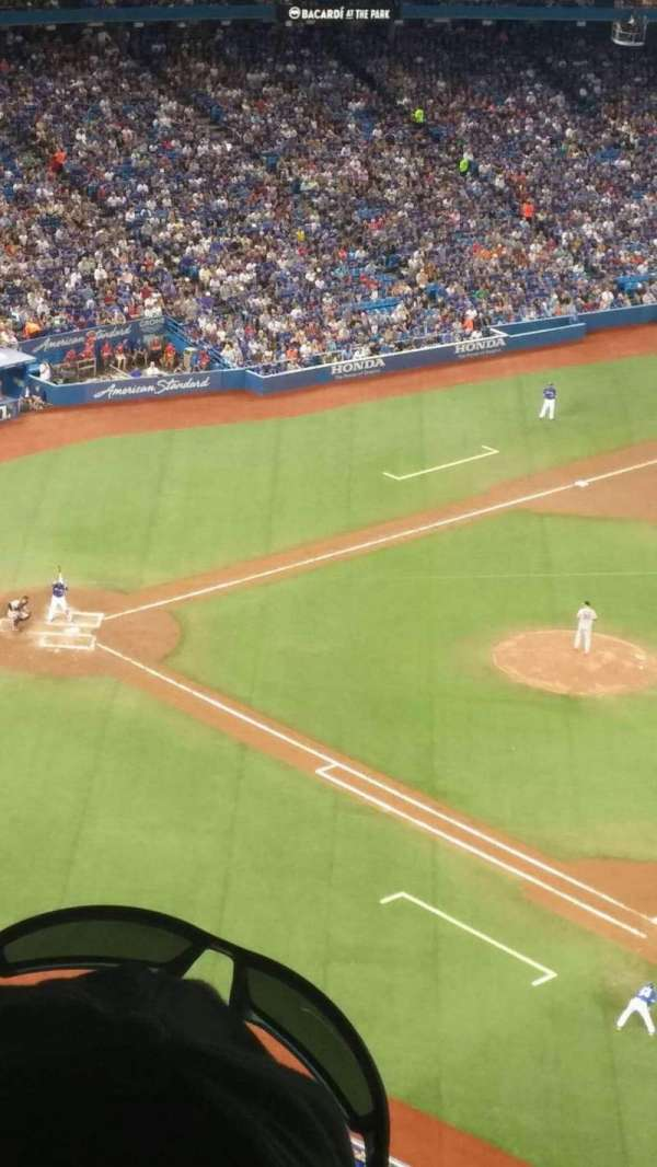 Rogers Centre, section: 515r, row: 25, seat: 6