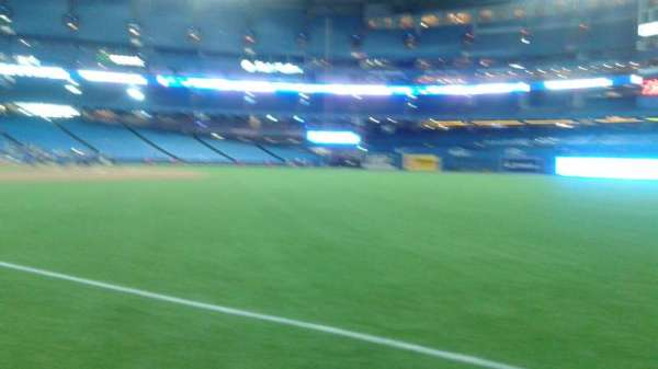 Rogers Centre, section: 529R, row: 17, seat: 7