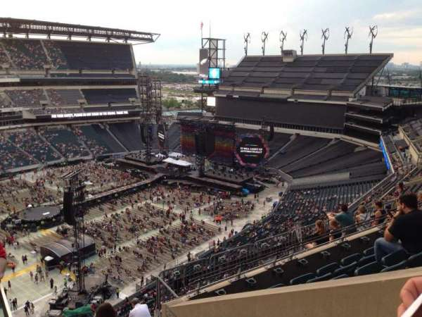 Lincoln Financial Field, section: 222, row: 9, seat: 27
