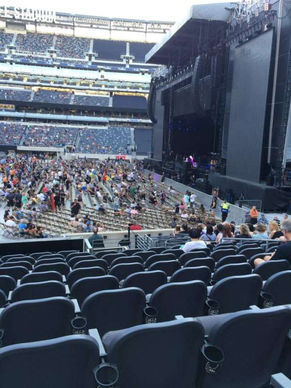 MetLife Stadium, section: 111c, row: 10, seat: 10