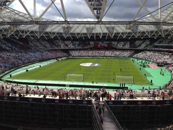 London Stadium, section: 252, row: 51, seat: 818