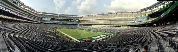MetLife Stadium, section: 131, row: 28, seat: 12