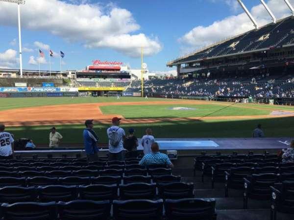 Kauffman Stadium, section: 119, row: K, seat: 9