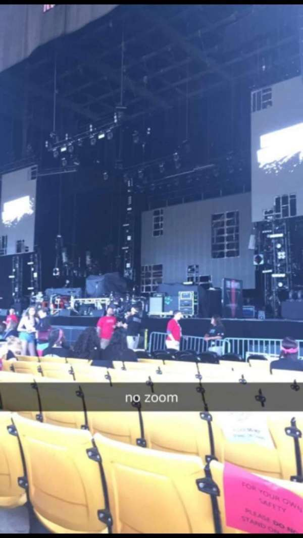 Hollywood Casino Amphitheatre (Tinley Park), section: 102, row: K, seat: 9