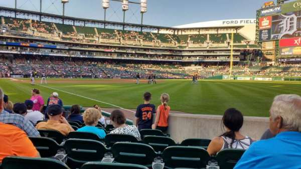Comerica Park, section: 113, row: 9, seat: 12
