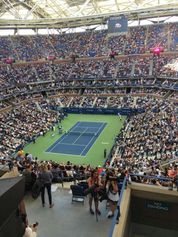 Arthur Ashe Stadium, section: 303, row: E, seat: 5