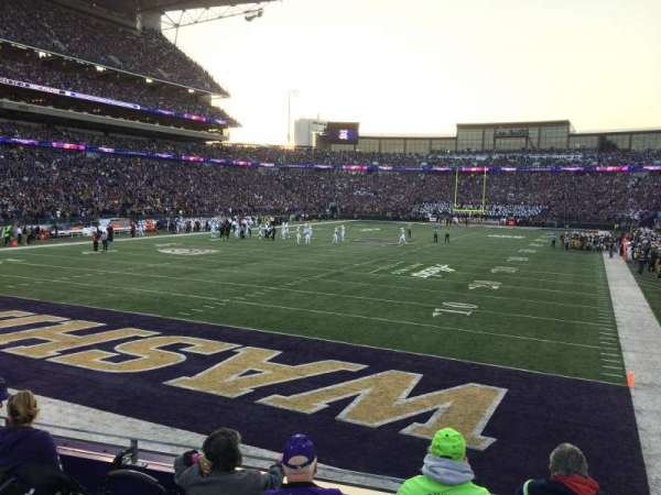 Husky Stadium, section: 135, row: 5, seat: 14
