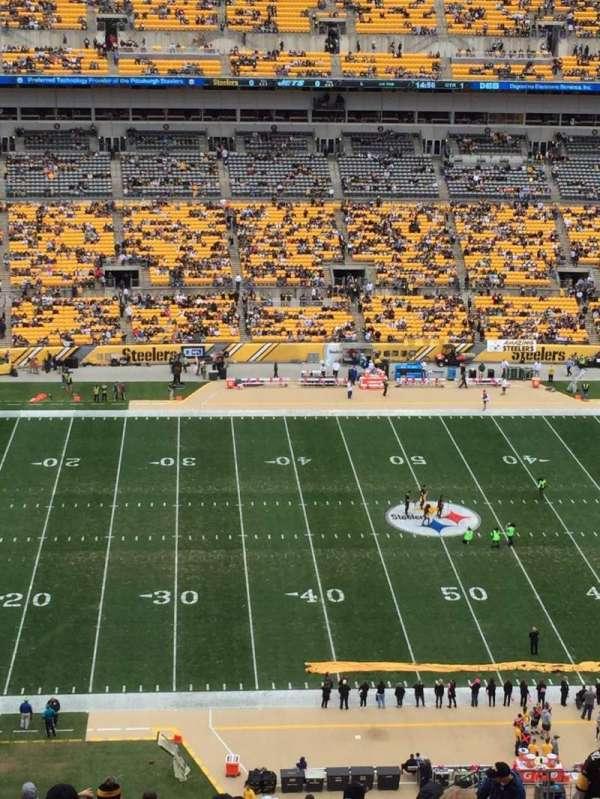 Heinz Field, section: 233, row: M, seat: 11