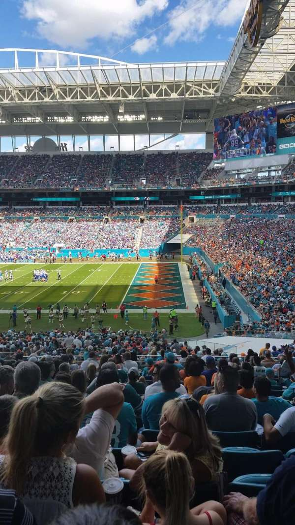 Hard Rock Stadium, section: 242