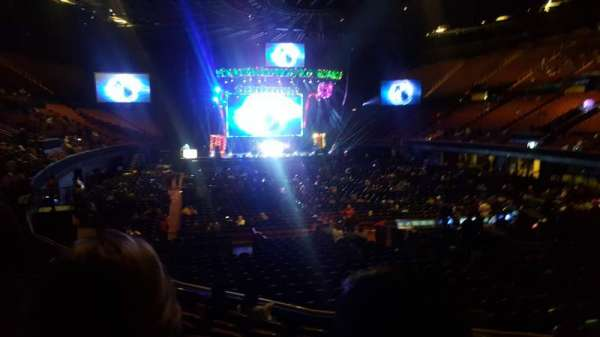 The Forum, section: 134, row: 8, seat: 9