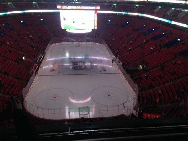 Centre Bell, section: 328, row: BB , seat: 12