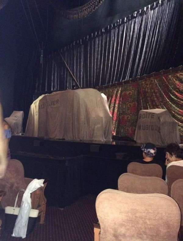 Majestic Theatre, section: Orchestra R, row: C, seat: 2