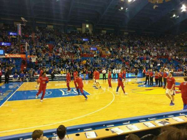 Allen Fieldhouse, section: H, row: 4, seat: 15