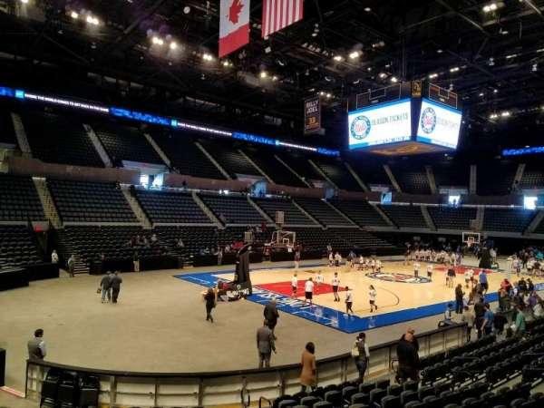 Nassau Veterans Memorial Coliseum, section: 107, row: 3, seat: 3