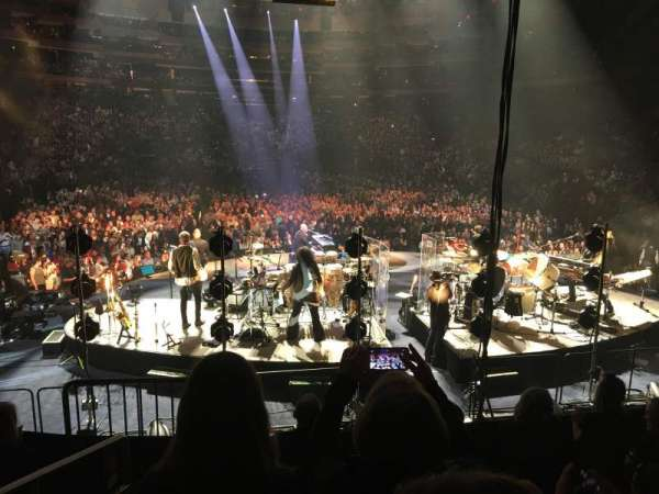 Madison Square Garden, section: 112, row: 10, seat: 1