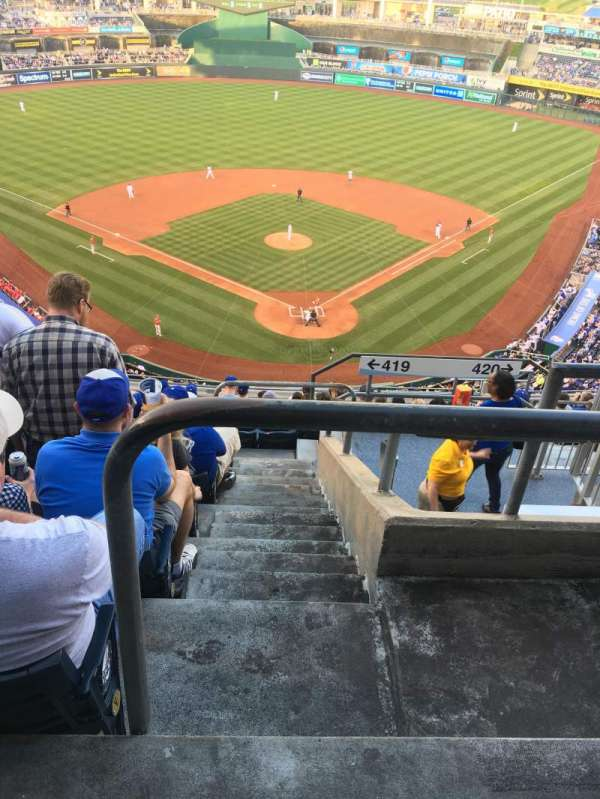 Kauffman Stadium, section: 419, row: BB, seat: 23