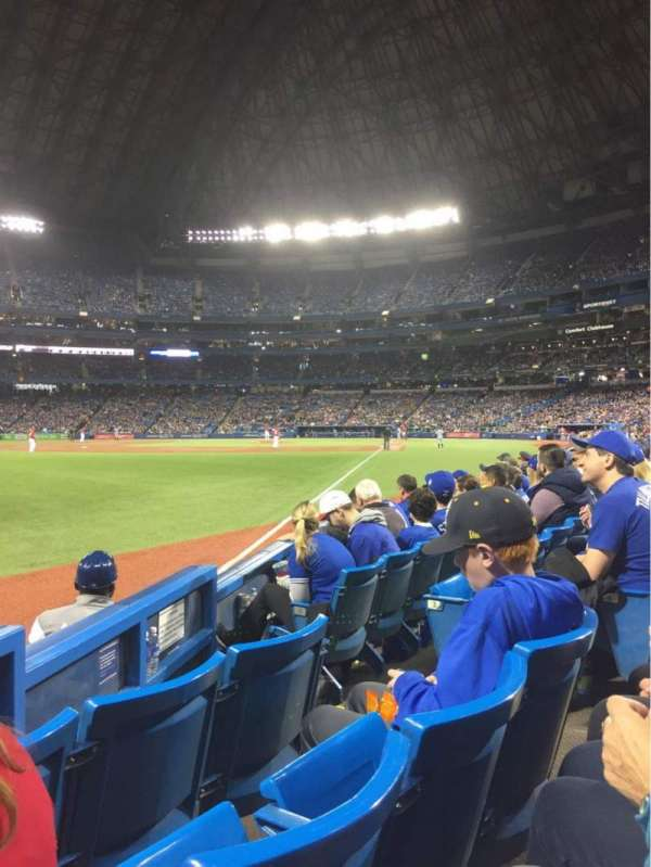Rogers Centre, section: 130DL, row: 5, seat: 105