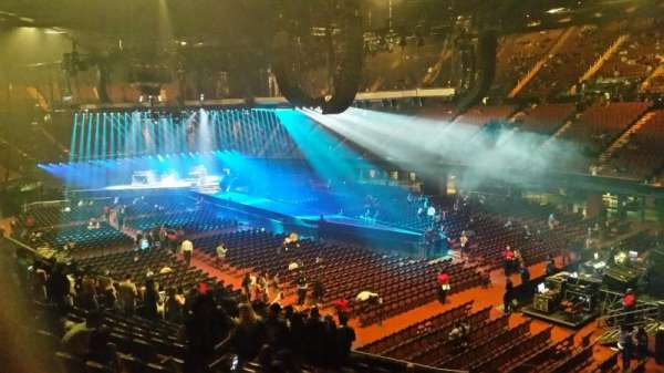 The Forum, section: 132, row: 15, seat: 11