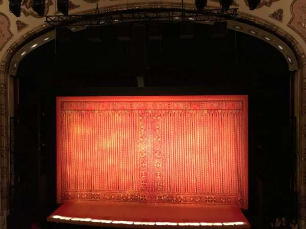 Cadillac Palace Theater, section: Loge C, row: A, seat: 319