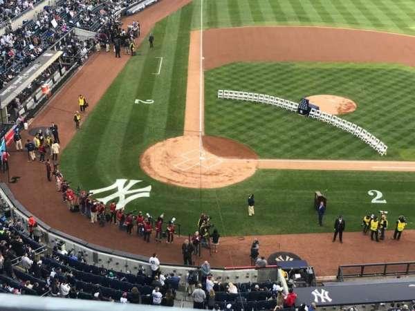 Yankee Stadium, section: 318, row: 1, seat: 1