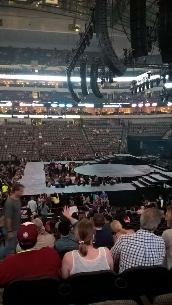 American Airlines Center, section: 105, row: U, seat: 18