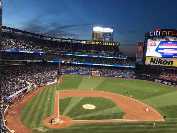 Citi Field, section: 410, row: 1, seat: 1