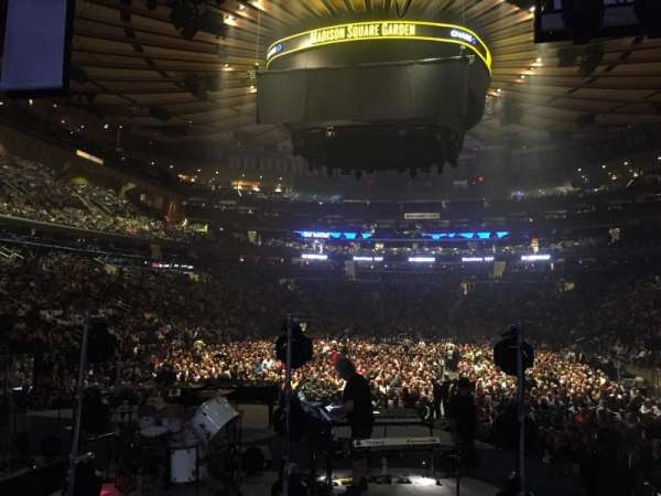 Madison Square Garden, section: 113, row: 7, seat: 1