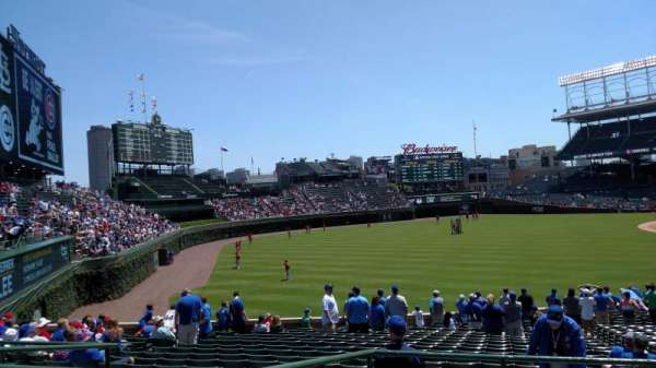 Wrigley Field, section: 202, row: 6, seat: 6