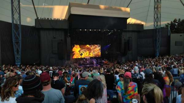 Shoreline Amphitheatre, section: 203, row: G, seat: 8