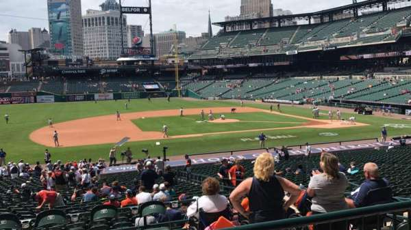 COMERICA PARK, section: 135A, row: B, seat: 3