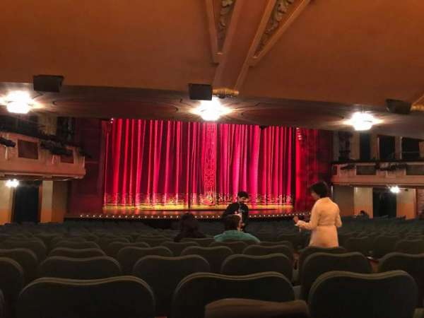 Shubert Theatre, section: Orchestra L, row: T, seat: 9