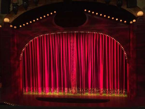 Shubert Theatre, section: Mezz, row: C, seat: Center