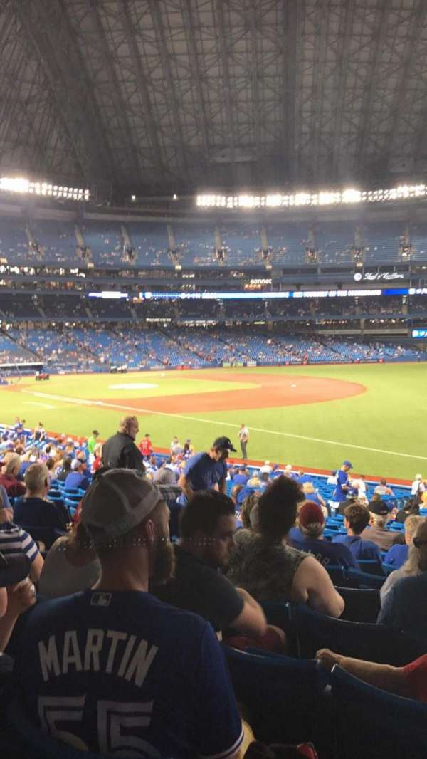 Rogers Centre, section: 113BR, row: 30, seat: 9