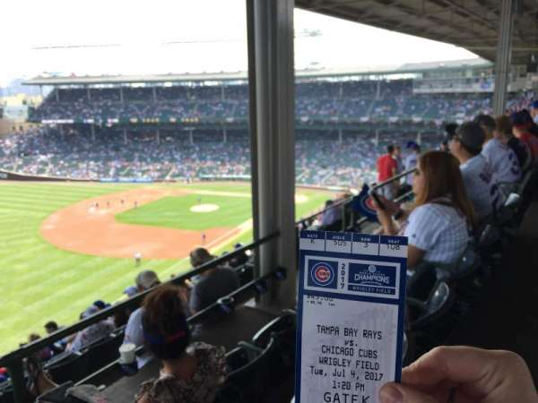Wrigley Field, section: 405L, row: 3, seat: 10