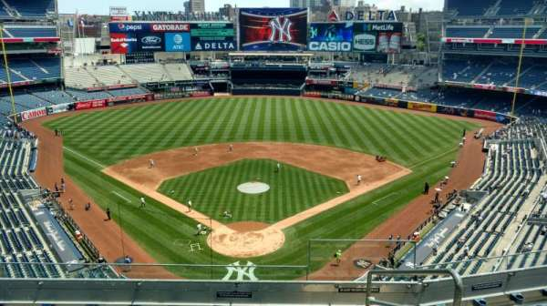 Yankee Stadium, section: 320b, row: 6, seat: 2