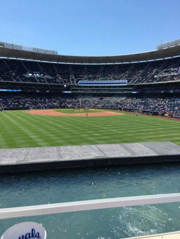Kauffman Stadium, section: 201, row: A, seat: 31