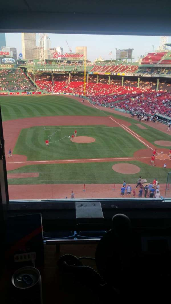 Fenway Park, section: Suite L6, seat: 10