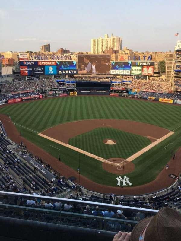 Yankee Stadium, section: 420C, row: 2, seat: 4