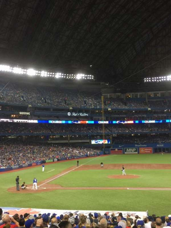 Rogers Centre, section: 117L, row: 25, seat: 6